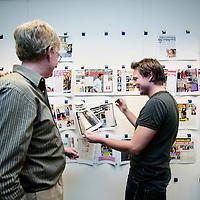 Nederland, Amsterdam , 30 november 2009. .Een kijkje op de redactie van het roddelblad Weekend...Foto:Jean-Pierre Jans