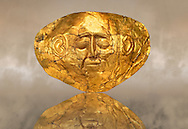 Gold Death Mask Known from Grave IV, Grave Circle A, Mycenae. 16th Century BC. The mask is made of a thin sheet of beaten gold . 16th century BC. Cat No 254 Athens Archaeological Museum. .<br /> <br /> If you prefer to buy from our ALAMY PHOTO LIBRARY  Collection visit : https://www.alamy.com/portfolio/paul-williams-funkystock/mycenaean-art-artefacts.html . Type -   Athens    - into the LOWER SEARCH WITHIN GALLERY box. Refine search by adding background colour, place, museum etc<br /> <br /> Visit our MYCENAEN ART PHOTO COLLECTIONS for more photos to download  as wall art prints https://funkystock.photoshelter.com/gallery-collection/Pictures-Images-of-Ancient-Mycenaean-Art-Artefacts-Archaeology-Sites/C0000xRC5WLQcbhQ