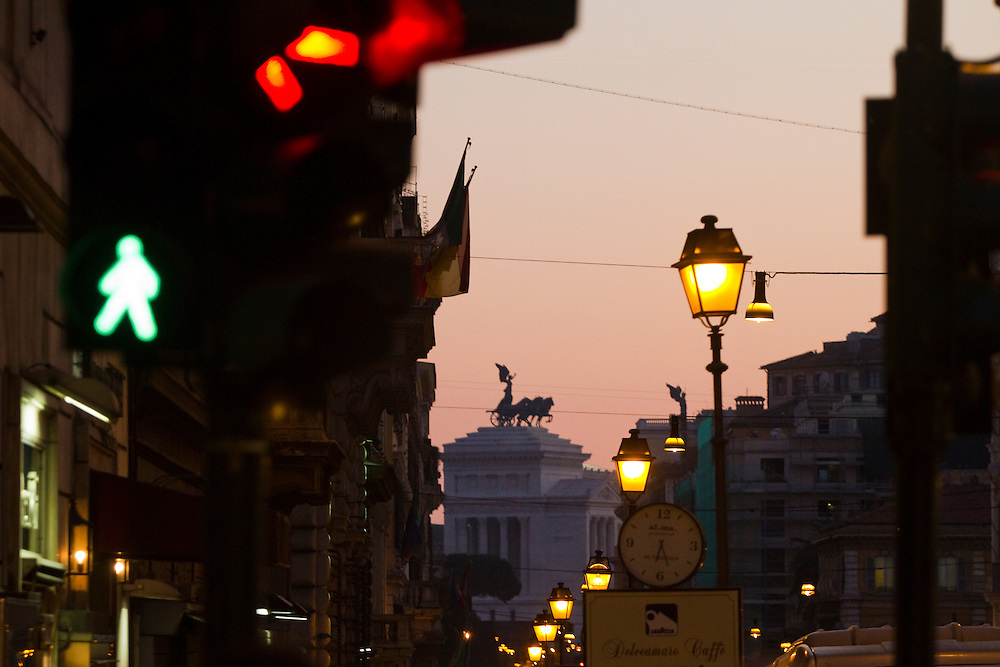 Evening traffic on Via Nazionale, in Roma, Italy.