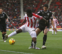 Photo:Mark Stephenson, Stoke City v West Bromwich Albion.<br />Coca Cola Championshipe,25-11-2006.<br />Stokes Vincent Pericard on the ball.