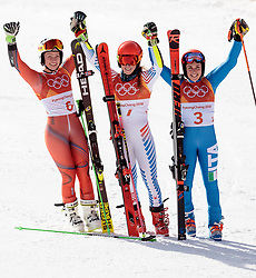 15.02.2018, Yongpyong Alpine Centre, Yongpyong, KOR, PyeongChang 2018, Ski Alpin, Damen, Riesenslalom, im Bild v.l. Ragnhild Mowinckel (NOR, 2. Platz), Mikaela Shiffrin (USA, 1. Platz), Federica Brignone (ITA, 3. Platz) // f.l. silver medalist Ragnhild Mowinckel of Norway gold medalist and Olympic champion Mikaela Shiffrin of the USA bronce medalist Federica Brignone of Italy during the Ladies Alpine Giant Slalom Race of the Pyeongchang 2018 Winter Olympic Games at the Yongpyong Alpine Centre in Yongpyong, South Korea on 2018/02/15. EXPA Pictures © 2018, PhotoCredit: EXPA/ Johann Groder