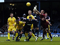 Photo: Olly Greenwood.<br />Southend United v Preston North End. Coca Cola Championship. 11/11/2006. Southend's Freddy Eastwood tries to get to the ball before Preston's Carlo Nash