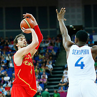 08 August 2012: Pau Gasol takes a jumpshot over Kevin Seraphin during 66-59 Team Spain victory over Team France, during the men's basketball quarter-finals, at the 02 Arena, in London, Great Britain.