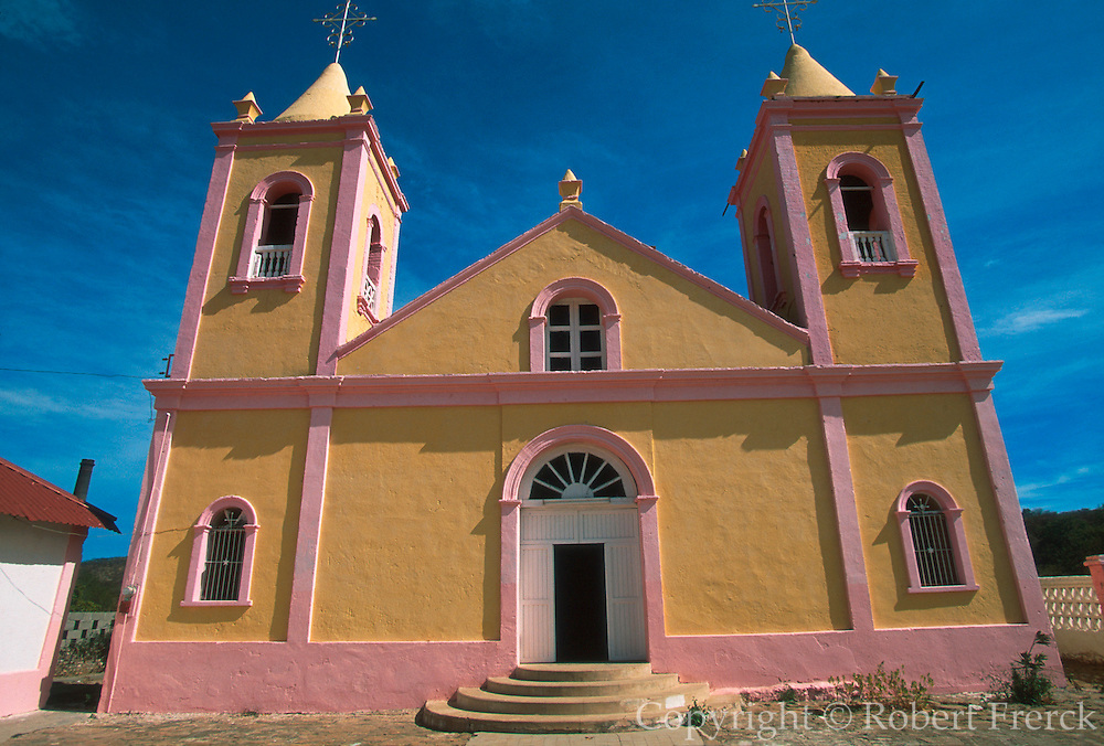MEXICO, BAJA CALIFORNIA SOUTH El Triunfo, gold and silver mining town, from 1862 C.; with colorful town church, south of La Paz
