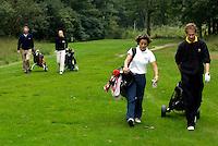 DIEPENVEEN - 4ball voor Golfers Magazine tussen Jan Heemskerk, Gerard Louter , Nienke Nijenhuis en Dewi-Claire Schreefel p[ de Sallandsche Golfclub in 2002. COPYRIGHT KOEN SUYK