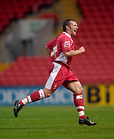 Photo: Jed Wee.<br />Darlington v Swindon Town. Coca Cola League 2. 19/08/2006.<br /><br />Swindon's Paul Evans celebrates after opening the scoring.