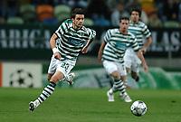 Fotball<br /> UEFA Champions League<br /> Sporting Lisboa v Shaktar Donetsk<br /> 04.11.2008<br /> Foto: imago/Digitalsport<br /> NORWAY ONLY<br /> <br /> Helder Postiga (Sporting Lissabon) am Bal