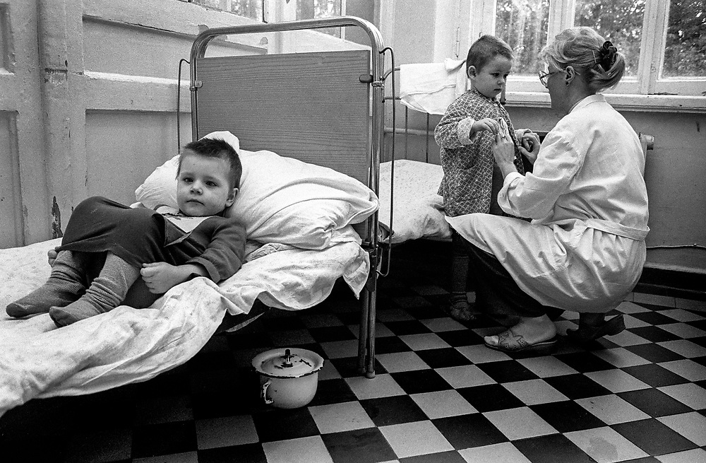RussiaTSIMBALINA HOSPITAL FOR ABANDONED CHILDREN<br /> NEVSKII RAYON AREA<br /> AGES 11/2 TO 10 YEARS<br /> kids spend 24 hours in quarantine to check for disease. They can stay in hospital for up to 6 months then into children's home.<br /> <br />  St Petersburg, Russia