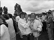 "Guinness Family Day At The Iveagh Gardens. (R83)..1988..02.07.1988..07.02.1988..2nd  July 1988..The family fun day for Guinness employees and their families took place at the Iveagh Gardens today. Top at the bill at the event were ""The Dubliners"" who treated the crowd to a performance of all their hits. Ireland's penalty hero from Euro 88, Packie Bonner, was on hand to sign autographs for the fans."