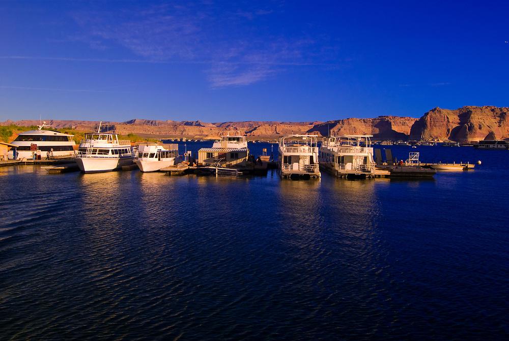 Houseboats at Wahweap Marina, Lake Powell, Glen Canyon National Recreation Area, Arizona USA