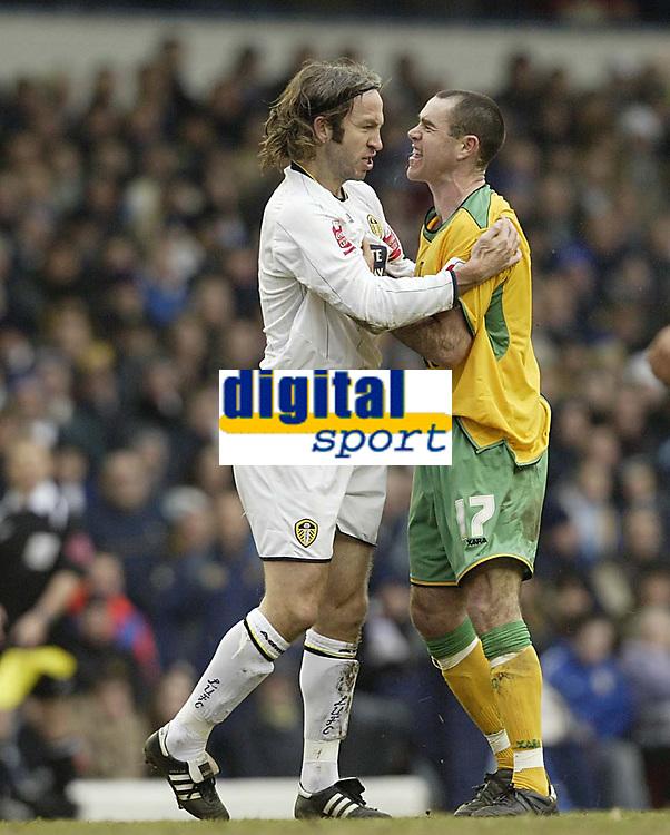 Photo: Aidan Ellis.<br /> Leeds United v Norwich City. Coca Cola Championship. 11/03/2006.<br /> Leeds Shaun derry and Norwich's Andy hughes clash