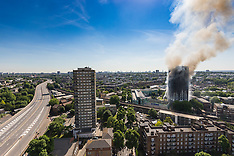 2017-06-14 Residential tower block burns in London