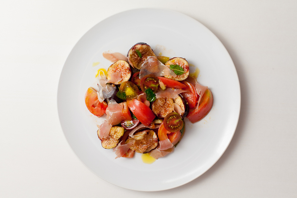 Tomatoes with Fig and Prosciutto from the fridge (m€)