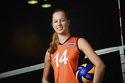 07-04-2014 NED: SELECTIE JONG ORANJE: ARNHEM<br /> Volleybalteam Jong Oranje / Joelle Vile<br /> ©2014-FotoHoogendoorn.nl