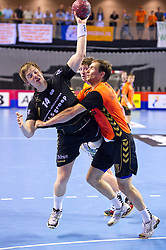02-06-2011 HANDBAL: BEKERFINALE HURRY UP - O EN E: ALMERE<br /> Sonni de Jonge<br /> ©2011-FotoHoogendoorn.nl / Peter Schalk
