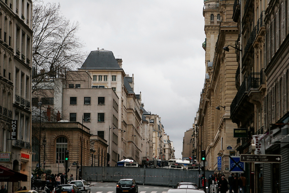 March 28th 2006. Paris, France..The Sorbonne University's neighborhood has been closed and protected by the police for a month because of the students' protests and riots against the government's controversial youth employment laws known as CPE.