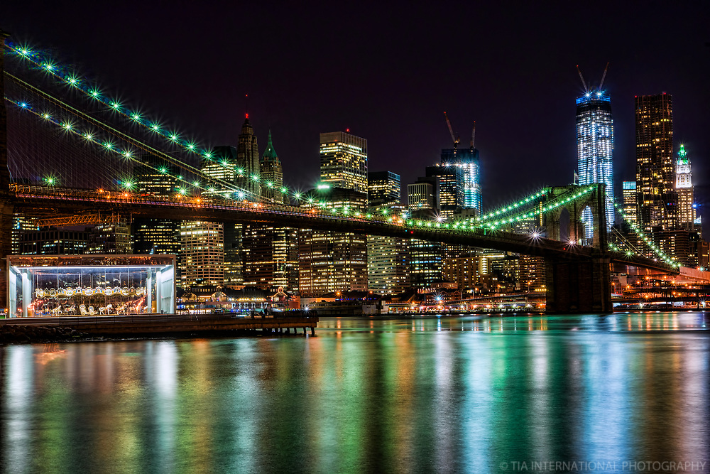 Brooklyn Bridge & Lower Manhattan on the East River, NYC