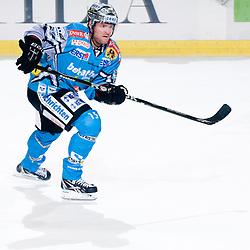 Eric Healey (EHC Liwest Black Wings Linz, #15) during ice-hockey match between HDD Tilia Olimpija and EHC Liwest Black Wings Linz in 19th Round of EBEL league, on November 7, 2010 at Hala Tivoli, Ljubljana, Slovenia. (Photo By Matic Klansek Velej / Sportida.com)