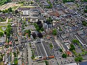 Nederland, Noord-Brabant,  Gemeente Loon op Zand; 14-05-2020; centrum van het dorp Kaatsheuvel. Winkels en de Johannes de Doperkerk.<br /> Center of the village Kaatsheuvel. Shops and the Johannes de Doperkerk.<br /> luchtfoto (toeslag op standard tarieven);<br /> aerial photo (additional fee required)<br /> copyright © 2020 foto/photo Siebe Swart