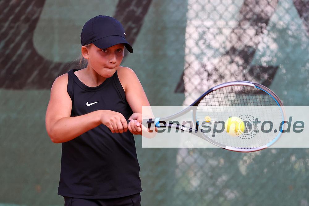 Manon Singer (SV Arnum), 6. Internationale Spandauer Jugendmeisterschaften 2020, Berlin, Siemens TK Blau-Gold 1913, 04.08.2020, Foto: Claudio Gärtner