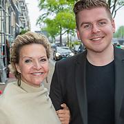 NLD/Amsterdam/20190520 - inloop Best of Broadway, Mariska van Kolck en zoon Knut