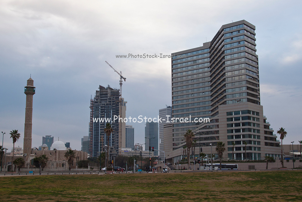Israel, Tel Aviv, Hassan Beq mosque in Jaffa, with the modern King David Hotel building in the background