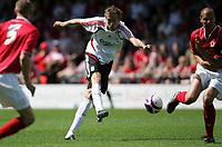 Photo: Paul Thomas.<br />Crewe Alexandra v Liverpool. Pre Season Friendly. 14/07/2007.<br /><br />Peter Crouch of Liverpool shoots.