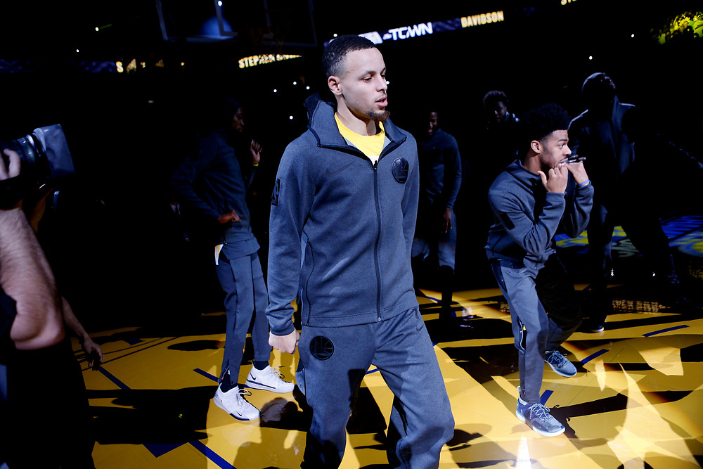Golden State Warriors guard Stephen Curry (30) before an NBA game against the Los Angeles Lakers at Oracle Arena on Saturday, Feb. 2, 2019, in Oakland, Calif. The Warriors won 115-101.