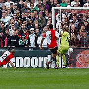 NLD/Rotterdam/20100919 - Voetbalwedstrijd Feyenoord - Ajax 2010, doelpunt van Siem de Jong