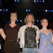 NLD/Amsterdam/20060503 - Herpremiere musical Turks Fruit Amsterdam, Ellen Evers, Anthonie Kamerling en Jelka van Houten