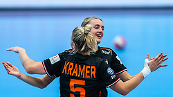 Kelly Dulfer of Netherlands celebrate during the Women's EHF Euro 2020 match between Netherlands and Hungry at Sydbank Arena on december 08, 2020 in Kolding, Denmark (Photo by RHF Agency/Ronald Hoogendoorn)