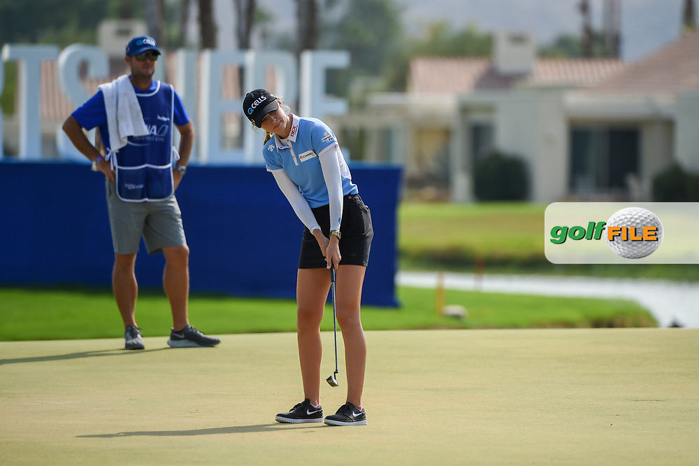 Nelly Korda (USA) watches her putt on 18 during the playoff hole during round 4 of the 2020 ANA Inspiration, Mission Hills C.C., Rancho Mirage, California, USA. 9/13/2020.<br /> Picture: Golffile | Ken Murray<br /> <br /> All photo usage must carry mandatory copyright credit (© Golffile | Ken Murray)