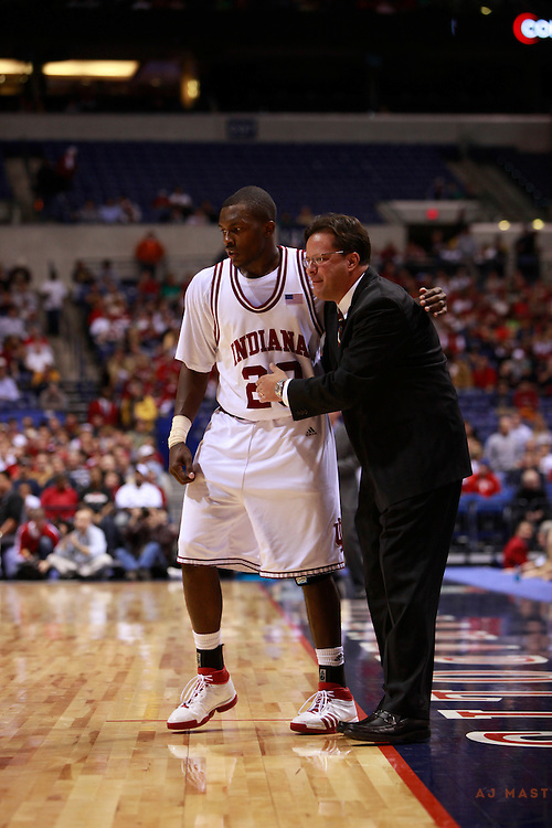 06 December 2008: Indiana head coach Tom Crean as the Indiana Hoosiers played the Gonzaga  in the The Hartford Hall of Fame Showcase college basketball game in Indianapolis, Ind.