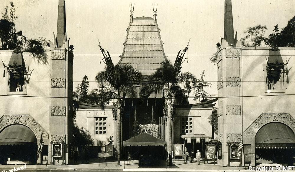 1937 Grauman's Chinese Theater