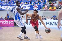 San Pablo Burgos John Jenkins and Gipuzkoa Basket Michael Fakuade during Liga Endesa match between San Pablo Burgos and Gipuzkoa Basket at Coliseum Burgos in Burgos, Spain. December 30, 2017. (ALTERPHOTOS/Borja B.Hojas)