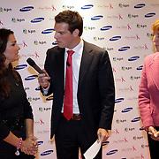NLD/Haarlem/20081001 - Presentatie Pink Ribbon Ladyphone,Pink Ribbon directrice Ida van Belle en Quinty Trustfull