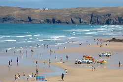 © Licensed to London News Pictures. 03/08/2018. Perranporth, UK. Large numbers of people are seen on Perranporth beach in Cornwall during hot weather. Photo credit : Tom Nicholson/LNP