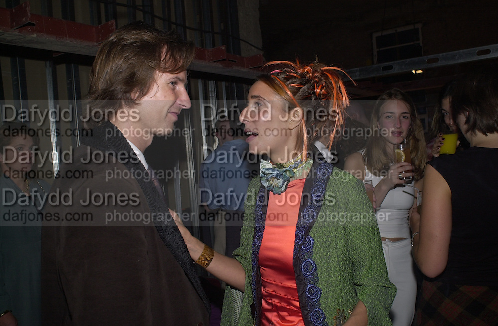 Matt Clifford and Tara Bernerd. Yoo party. Hall Rd. London NW8. 28 September 2000. © Copyright Photograph by Dafydd Jones 66 Stockwell Park Rd. London SW9 0DA Tel 020 7733 0108 www.dafjones.com