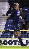 Fotball<br /> England 2004/2005<br /> Foto: SBI/Digitalsport<br /> NORWAY ONLY<br /> <br /> LDV Vans trophy Area Semi Finals<br /> <br /> Southend v Swindon<br /> <br /> Southend's Lawrie Dudfield celebrates his goal