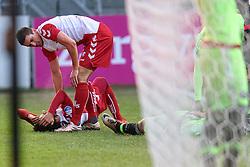 13-12-2015 NED: FC Utrecht - AFC Ajax, Utrecht<br /> Utrecht verslaat Ajax opnieuw in de Galgenwaard 1-0 / Nacer Barazite #10 wordt aan zijn hoofd geraakt en Christian Kum #5 bekijkt het