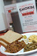 Smokin Bar-B-Que, Dayton, Ohio: Pulled Pork dinner with green beans and macaroni and cheese.