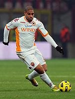 """Adriano (Roma)<br /> Milano, 18/12/2010 Stadio """"Meazza""""<br /> Milan-Roma<br /> Campionato Italiano Serie A 2010/2011<br /> Foto Nicolo' Zangirolami Insidefoto"""