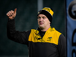 Wasps head coach Lee Blackett gives a thumbs up in warm ups - Mandatory by-line: Andy Watts/JMP - 08/01/2021 - RUGBY - Recreation Ground - Bath, England - Bath Rugby v Wasps - Gallagher Premiership Rugby