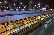 2020-02-26. Kraków Główny – stacja kolejowa w Krakowie, dworcowy parking samochodowy znajdujący się nad peronami