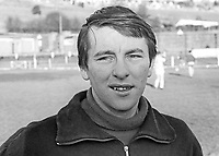 Eddie Mahon, footballer, Derry City FC, Londonderry, N Ireland, 196611000086<br /> <br /> Copyright Image from Victor Patterson, 54 Dorchester Park, Belfast, UK, BT9 6RJ<br /> <br /> t: +44 28 9066 1296<br /> m: +44 7802 353836<br /> vm +44 20 8816 7153<br /> <br /> e1: victorpatterson@me.com<br /> e2: victorpatterson@gmail.com<br /> <br /> www.victorpatterson.com<br /> <br /> IMPORTANT: Please see my Terms and Conditions of Use at www.victorpatterson.com