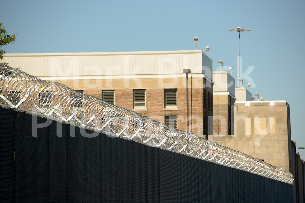 Cook County Department of Corrections Jail near 26th and California in Chicago on Wednesday, Aug. 19, 2020.  Photo by Mark Black