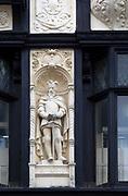 Statue King Edward I, Bury St Edmunds, Suffolk, England by Michael Vyne Treleavan 1910