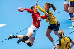 Anne Mette Hansen of Denmark, Anna Lagerquist of Sweden  in action during the Women's EHF Euro 2020 match between Denmark and Sweden at Jyske Bank BOXEN on december 11, 2020 in Kolding, Denmark (Photo by RHF Agency/Ronald Hoogendoorn)