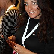 NLD/Haarlem/20081001 - Presentatie Pink Ribbon Ladyphone, Quinty Trustfull - van den Broek