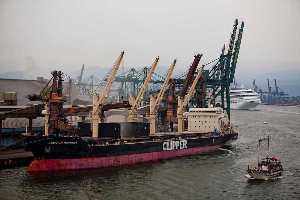 Santos_SP, Brasil...Porto de Santos, Sao Paulo...Santos port in Santos, Sao Paulo...Foto: LEO DRUMOND / NITRO